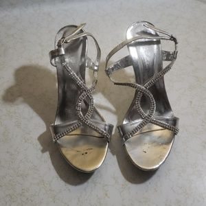 Blossom Collection womens heels sz 7 5